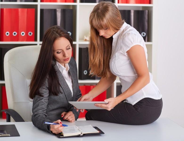 Harcèlement sexuel au travail ou simple séduction ? Savez-vous ce que dit la Loi ? (1/6)