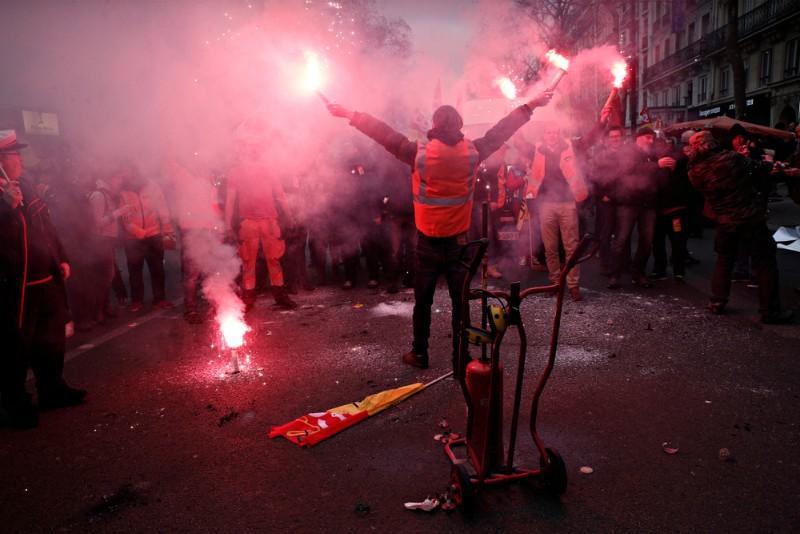 Jours de repos des grévistes payés : quelles sont les conséquences pour la SNCF ?