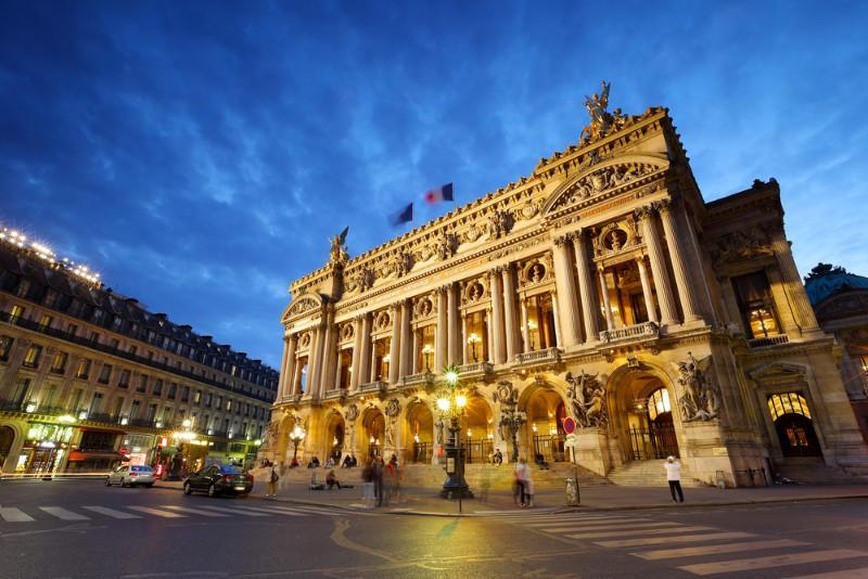 Harcèlement sur les danseurs de l'Opéra de Paris : un sondage au coeur du débat (1/2)
