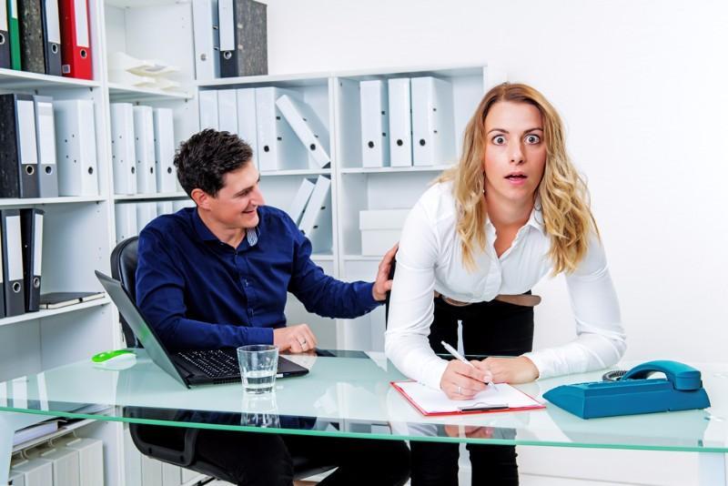 Harcèlement sexuel au travail ou simple séduction ? Savez-vous ce que dit la Loi ? (6/6)