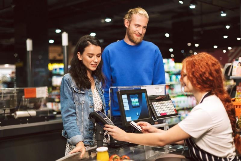 Travail le dimanche, un employeur peut-il sanctionner le refus du salarié ?